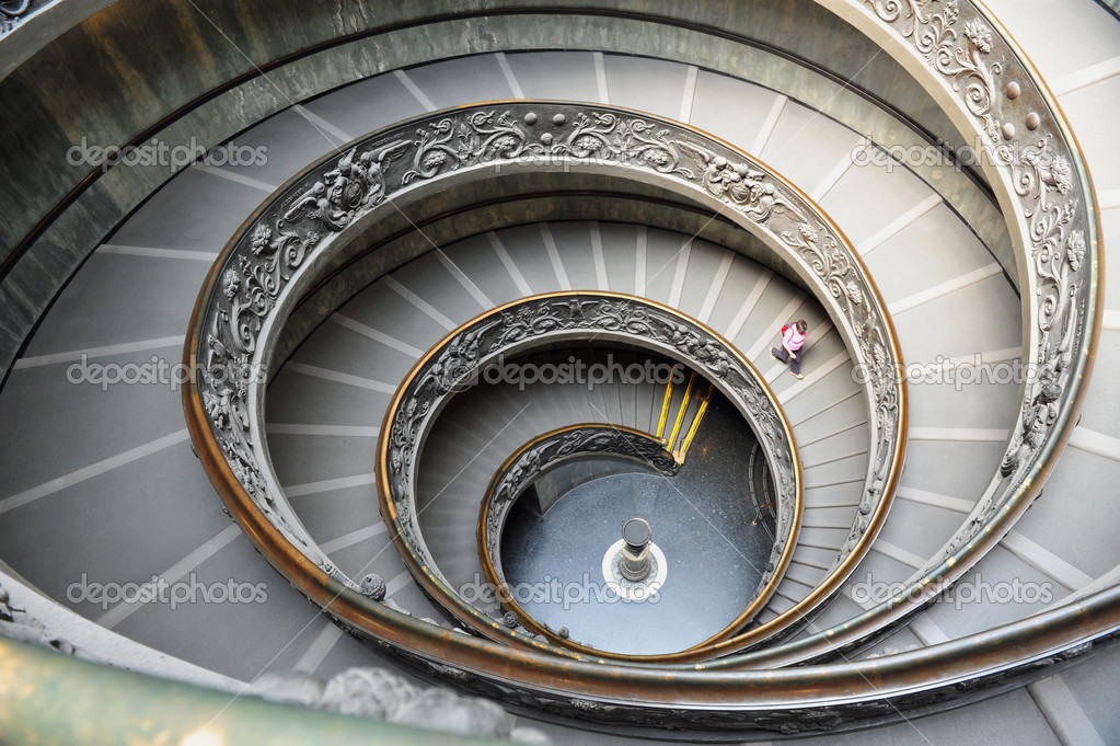 Escalera de caracol del museo vaticano en roma italia - Cerrar escalera caracol ...