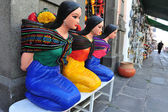 Mexican woman statues — Stockfoto