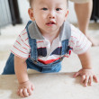 Crawling baby - Stok fotoraf
