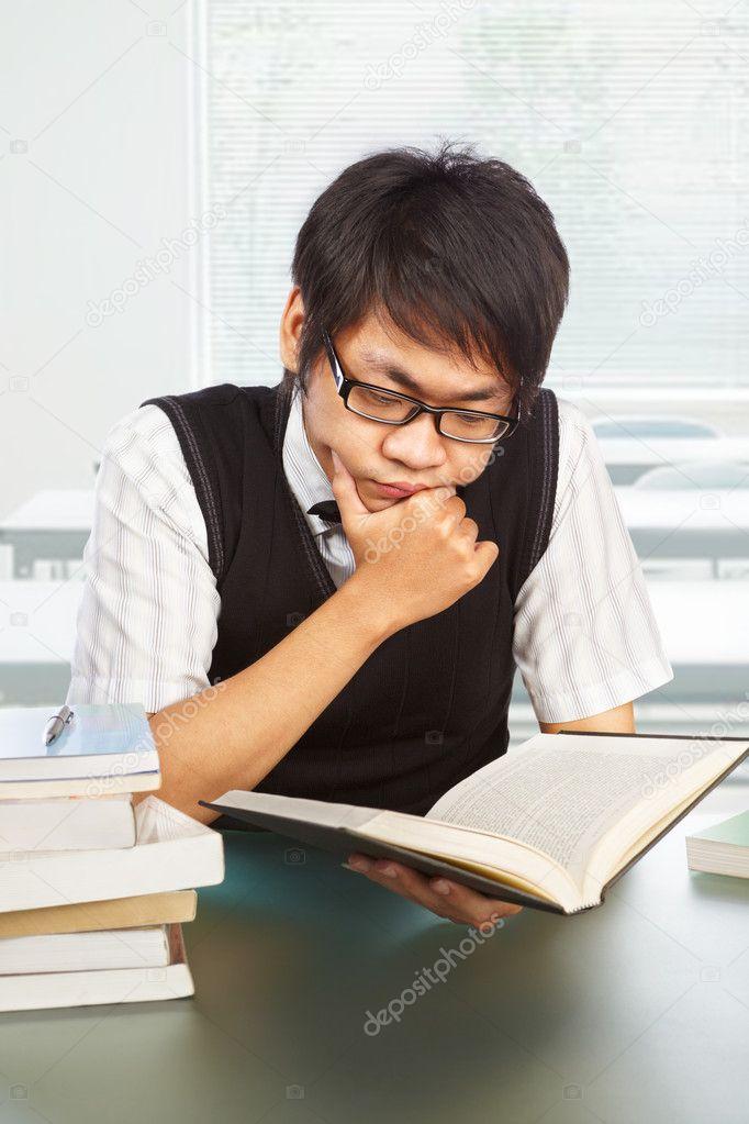 中国男性大学生学习