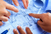 Discussing architect plan — Foto Stock