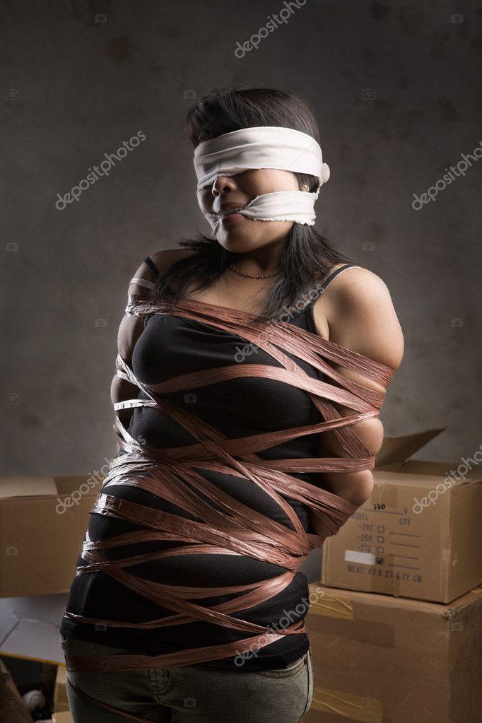 Похищение связанные девушка 6 фотография