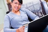 Using credit card for online transaction — Stock Photo