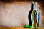 Olive oil and balsamic vinegar — Stock Photo