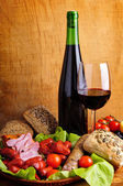 Traditional food and wine — Stockfoto