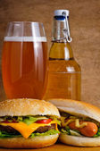 Fast food and beer — Stock Photo