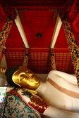 Buddha statue in Wat Pong Sanook Tai — Stock Photo
