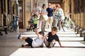 Two children playing on the floor — Stock Photo