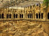 Cloister of Lisbon cathedra — Stock Photo