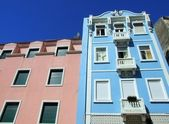 Colorful houses in Lisbon — Stock Photo