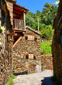 Small typical mountain village of schist — Stock Photo