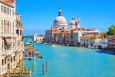 Canal grande en venecia, italia — Foto de Stock