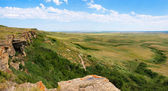 Prairie at Head-Smashed-In Buffalo Jump world heritage site in Alberta, Canada — Stock Photo