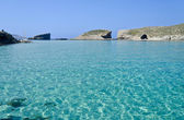 Clear blue seas in Comino — Stock Photo