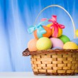 Basket with eggs — Stock Photo #11126839