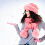 Catching snowflakes — Stock Photo