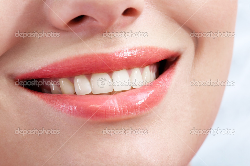 Close-up of female smile with healthy teeth — Stock Photo #11337953