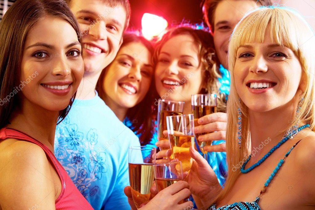 Ростовские студентки вечеринка 3 фотография