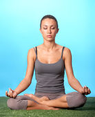 Meditating girl — Stock Photo