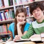 Reading classmates — Stock Photo