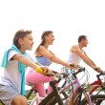Cycling family — Stock Photo