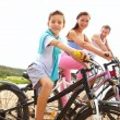 Family of cyclists — Stock Photo