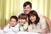 Idyll familj — Stockfoto