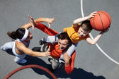 Family of basketball players — Stock Photo