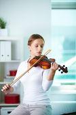 Playing the violin — Stok fotoğraf