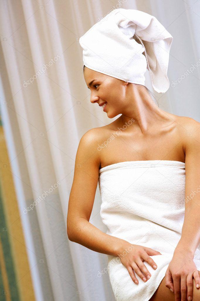 После душа в полотенце фото 3 фотография