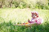 公園内の小さな子 — ストック写真