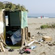 Poor camp on the beach - 图库照片