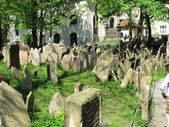 Alter jüdischer friedhof in prag — Stockfoto