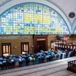 Muslims who worship in prayer istanbul Turkey — Stock Photo