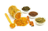 Bee Pollen and flavoring — Stock Photo