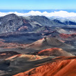 Crater of Haleakala volcano (Maui, Hawaii) - HDR image — Stock Photo