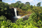 Rainbow falls (grote eiland, hawaii) — Stockfoto