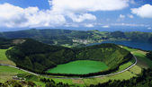 View of the crater lake Lagoa de Santiago at Sao Miguel (Azores Islands) — Stock fotografie