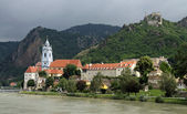 Dürnstein at river Danube (Wachau, Lower Austria) — Stock Photo