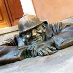 Bronze sculpture of Cumil, Bratislava, Slovakia — Stock Photo #11594721