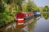 Canal and narrow boats — Stock Photo