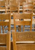 Marken kilise sandalyeler — Stok fotoğraf