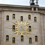 Unusual clock in Brussels — Stock Photo