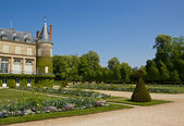 Chateau Rambouillet and his park — Stock Photo