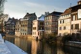 Strasbourg canal in winter — ストック写真