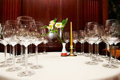 Wine glasses on table in restaurant — ストック写真