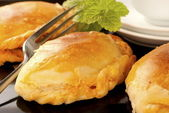 A Few Savory Curry Puffs — Stock Photo