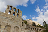 Odeon of Herodes Atticus and Acropolis, Athens, Greece — Stock Photo