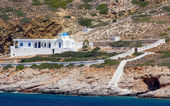 Traditional cycladic chapel near Kamares, Sifnos island, Greece — Stock Photo