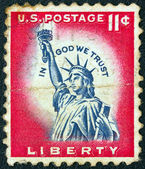 """USA - CIRCA 1954: A stamp printed in USA from the """"Liberty"""" issue shows the Statue of Liberty, circa 1954. — Stock Photo"""